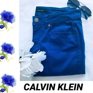 Calvin Klein Jeans Blue Skinny Crop Size 6